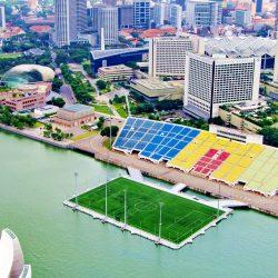 Крупнейшая плавающая сцена The Float в Сингапуре
