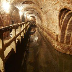 Историческая канализация Праги