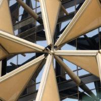 Динамическая солнцезащита для зданий Аль-Бахар