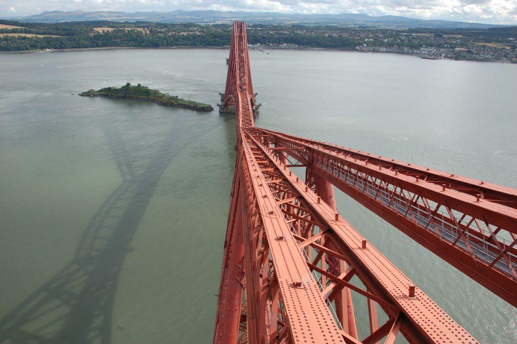 Конструкции моста над водой
