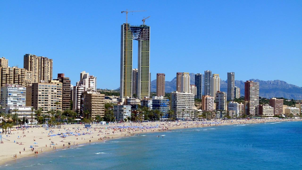 Небоскреб без лифта в Испании