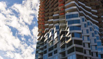 В Сан-Франциско близится к завершению строительство вьющейся башни