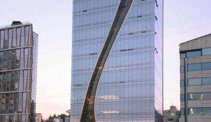 Вентиляционный слот на фасаде штаб-квартиры Harim в Сеуле