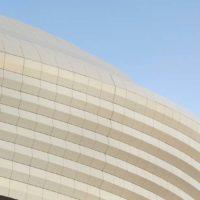 Некоторые виды нового стадиона в Катаре по проекту Захи Хадид