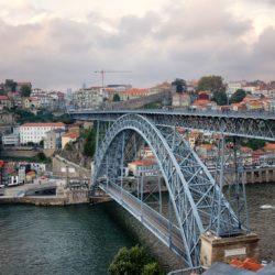 Двухуровневый мост Луиша I в Порто