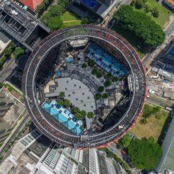 Oasia Hotel — башня с зеленым фасадом в Сингапуре