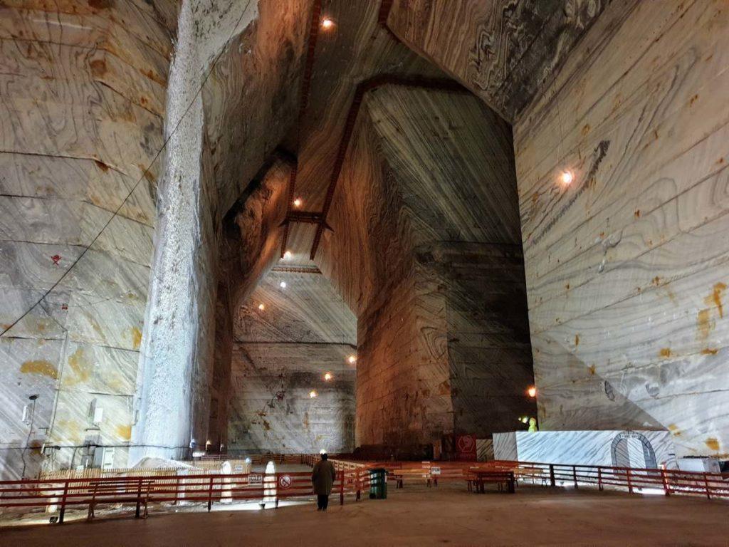 Соляная шахта Slanic Prahova в Румынии - гигантские подземные пространства