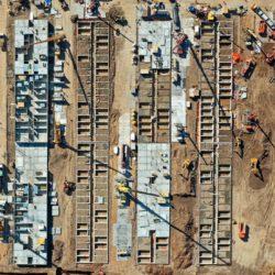 Строительство коронавирусного медицинского центра в Новой Москве (обновляется)