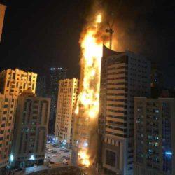 Впечатляющее видео пожара в небоскребе в ОАЭ