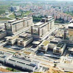 Самая большая в мире «сейсмически изолированная» больница открылась в Стамбуле