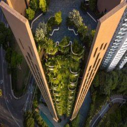 Зеленый небоскреб в Сингапуре от Heatherwick Studio с двадцатью квартирами