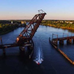 The Crook Point Bascule Bridge — история «торчащего» моста