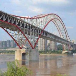Изысканный стальной мост Чаотяньмэнь