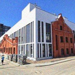 В Санкт-Петербурге построили школу с элементами исторических фасадов вагоностроительного завода