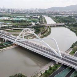 Мост четырех вершин в Китае