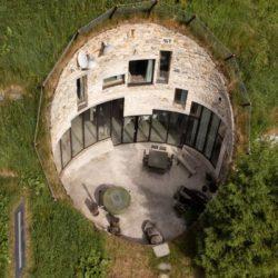Подземная вилла Villa Vals в Швейцарии