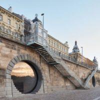 В Праге реконструировали бывшие склады льда в общественные здания