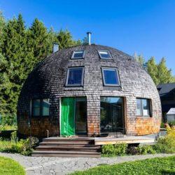 Купольный дом в Малиновке: сферическая архитектура